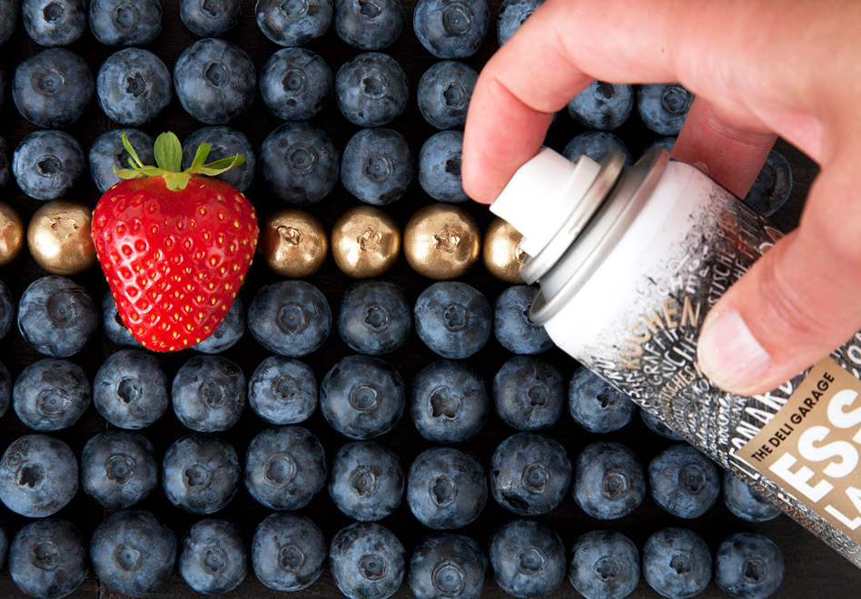 DeliGarage_FoodFinish_Blueberries
