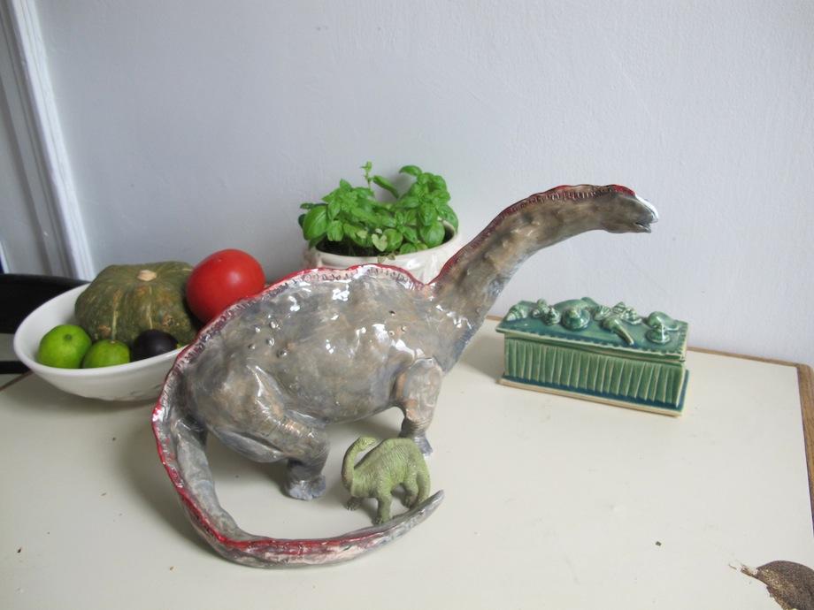 helenlevi-home-dinosaur