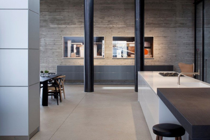 bulthaup s new tel aviv showroom shows the men behind the. Black Bedroom Furniture Sets. Home Design Ideas