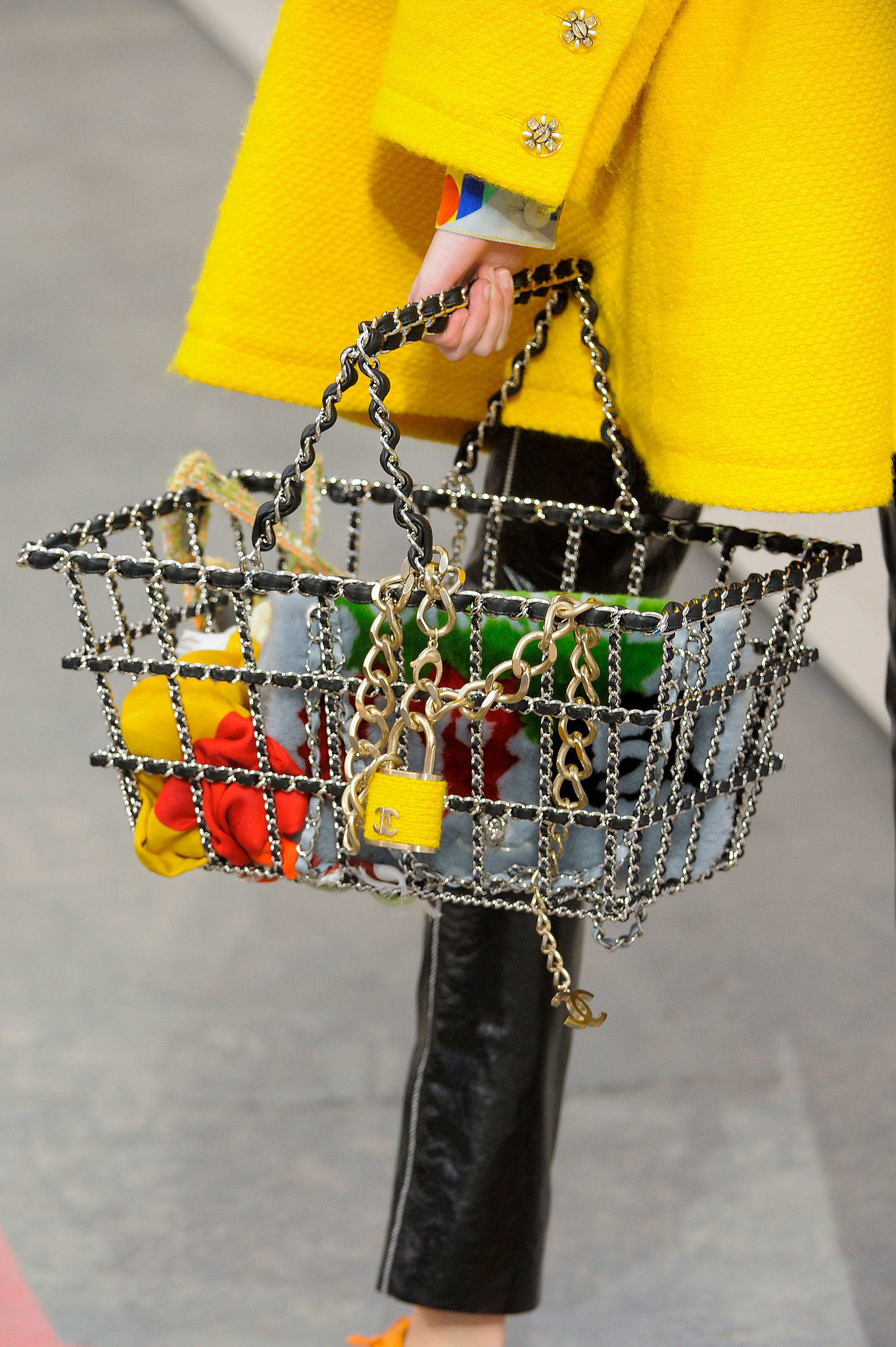 Chanel_Fall_14_supermarket_chain