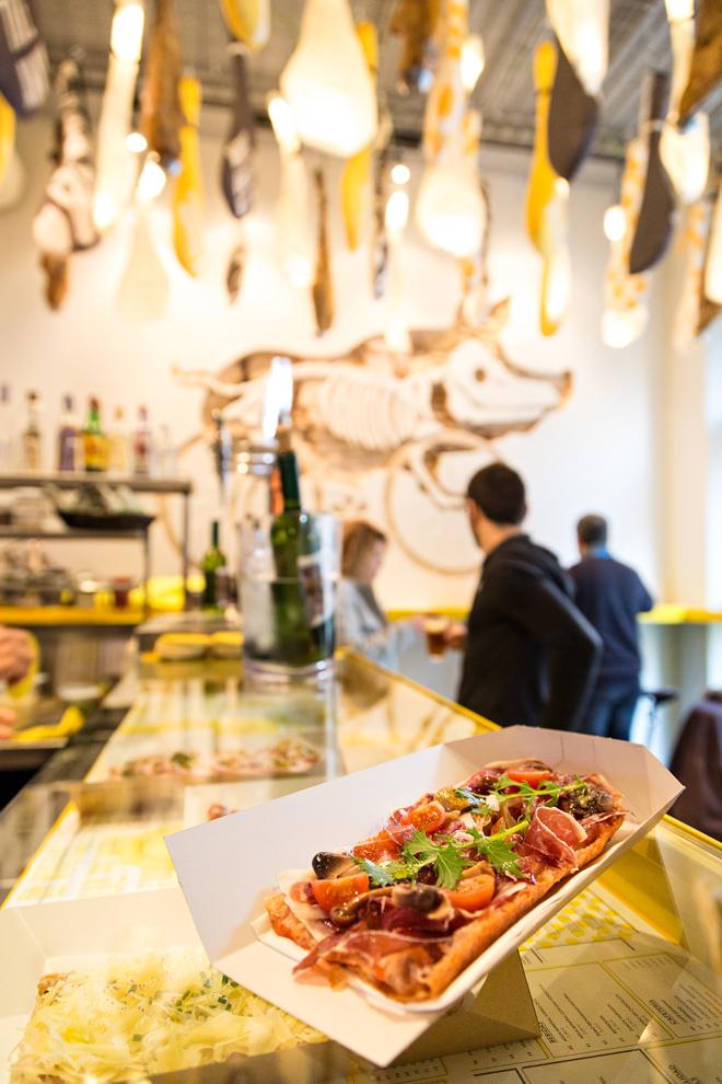 forma-ham-on-wheel-barcelona-food-design4