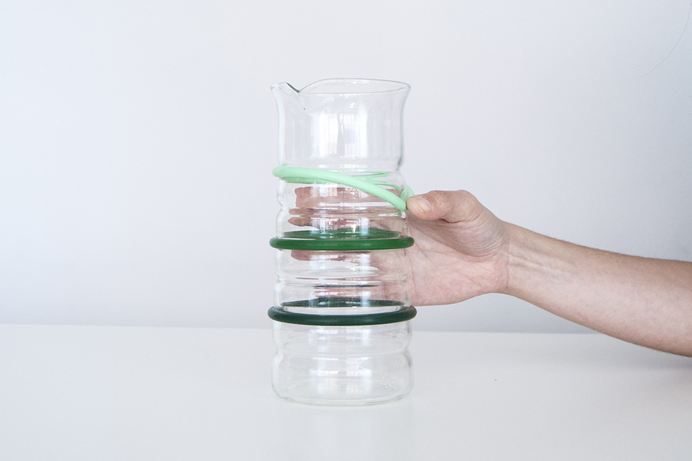 MOLD-Visibility-Life-Measured-Pitcher3
