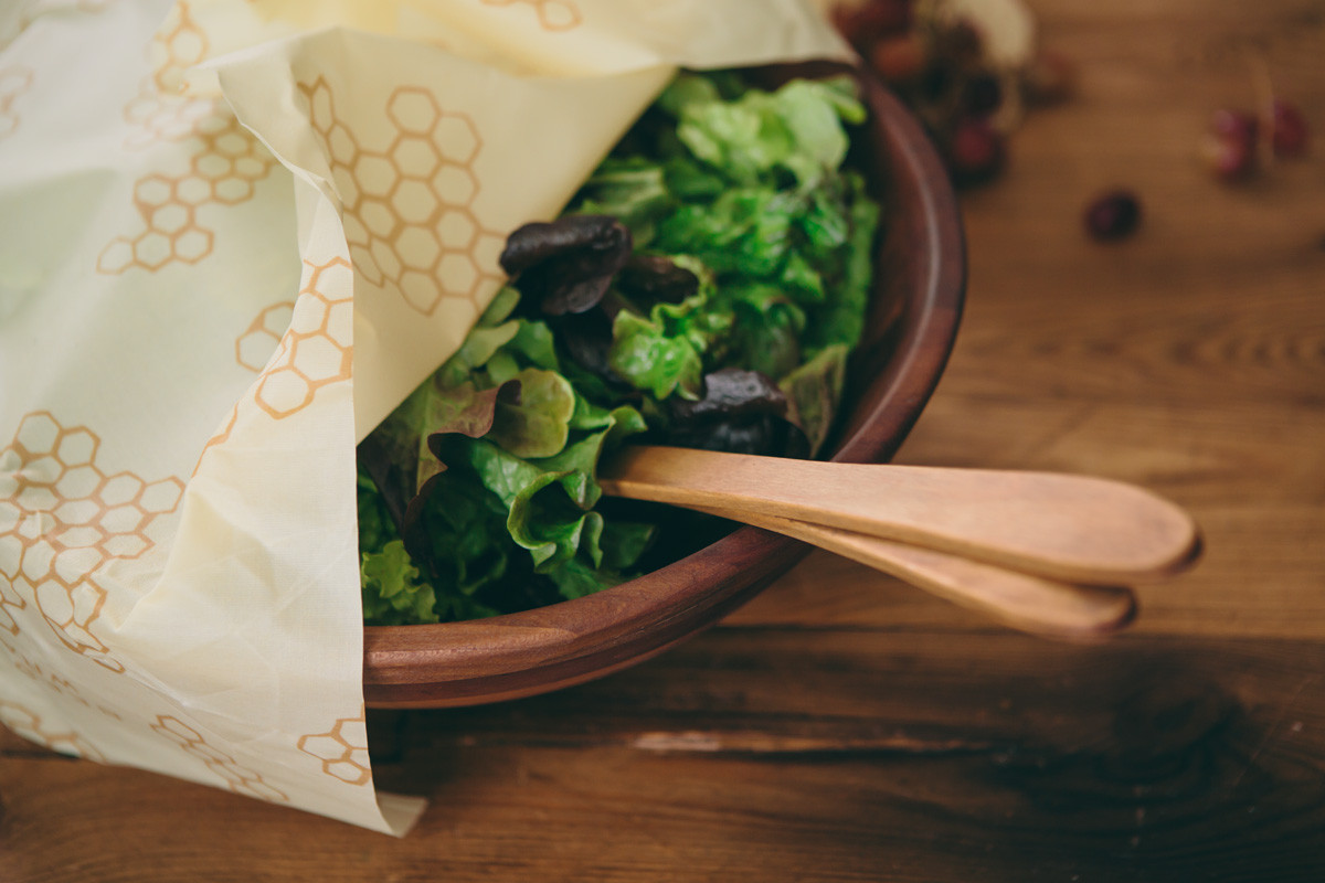 beeswrap-plastic-alternative-salad-1