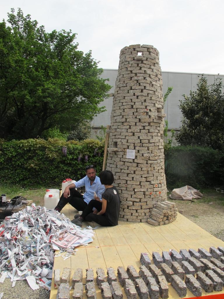 Arne Hendriks' Pigeon Poo Tower