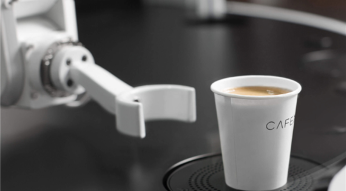 food-design-robot-coffee-shop