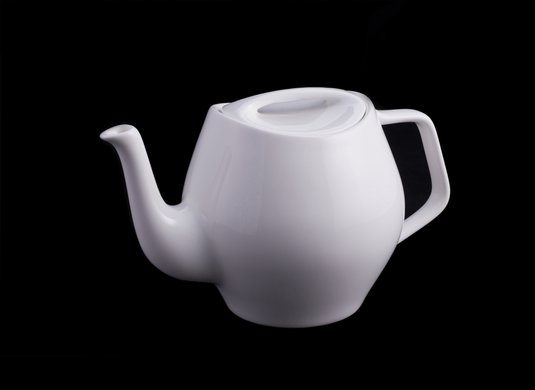 finn-juhl-tea-service-teapot