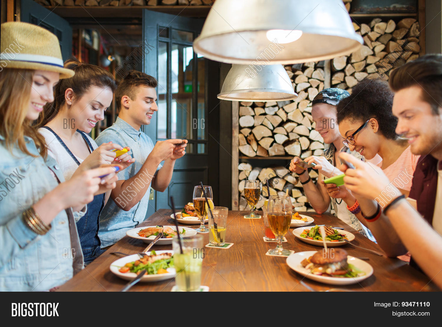 people-taking-pic-of-food