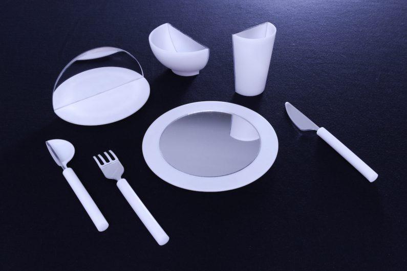 Studio Playfool Designs Mirrored Dinnerware for Future Proof Sustainable Meals & Studio Playfool Designs Mirrored Dinnerware for Future Proof ...